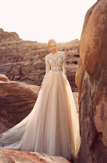 Свадебные длинные платья