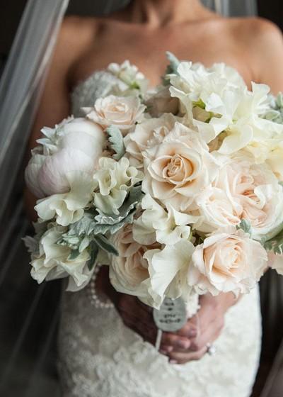 Букет свадебный пионы большой
