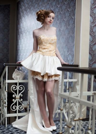 Короткое свадебное платье (арт.083)